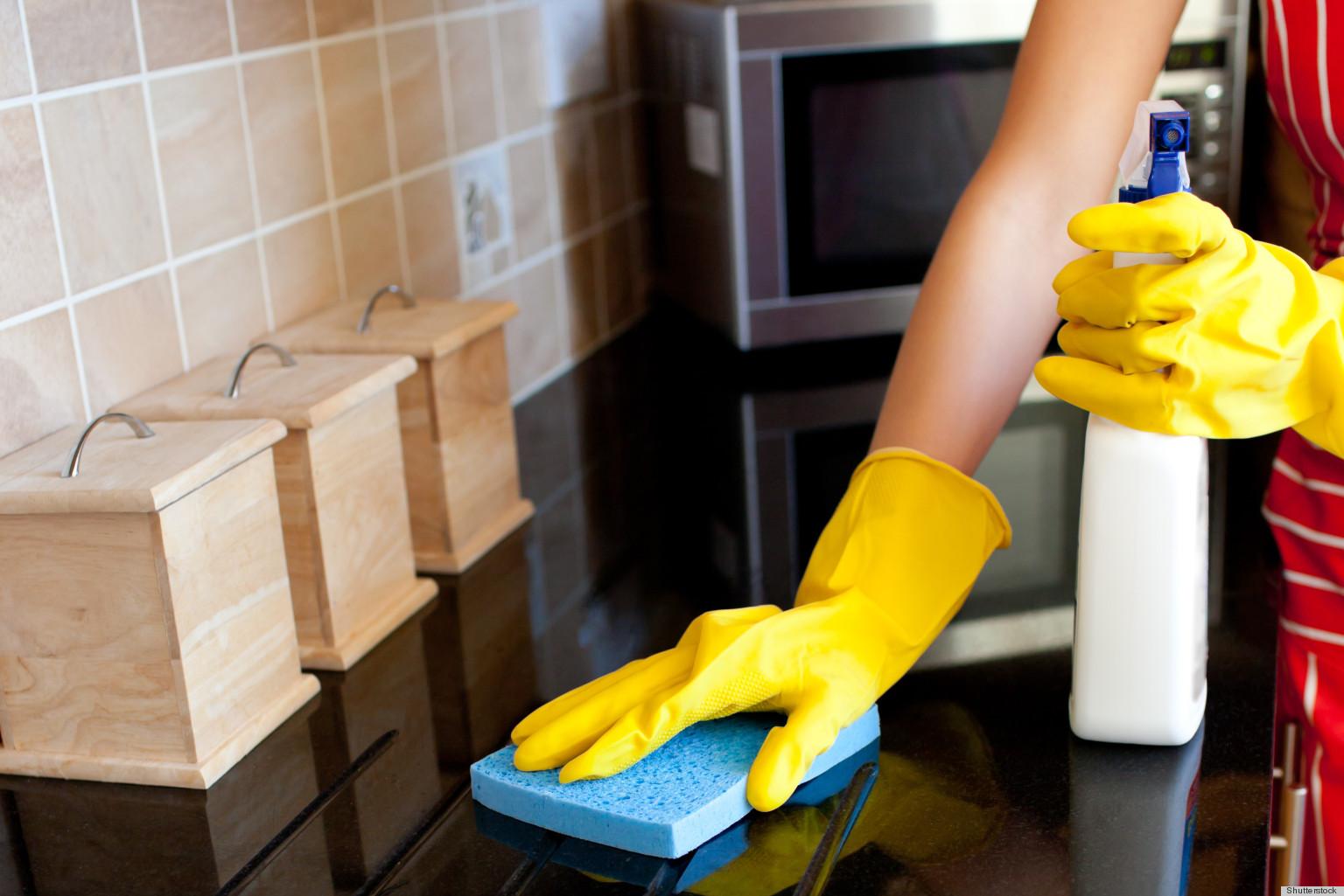 شركة تنظيف مطابخ وازالة الدهون في الشارقة