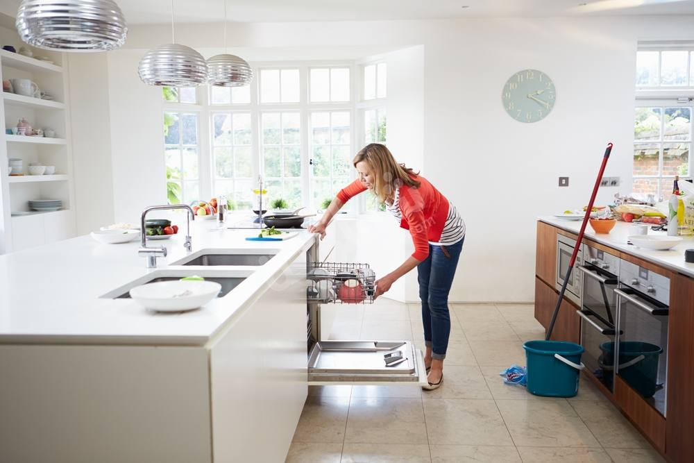 شركة تنظيف مطابخ وازالة الدهون في ام القيوين
